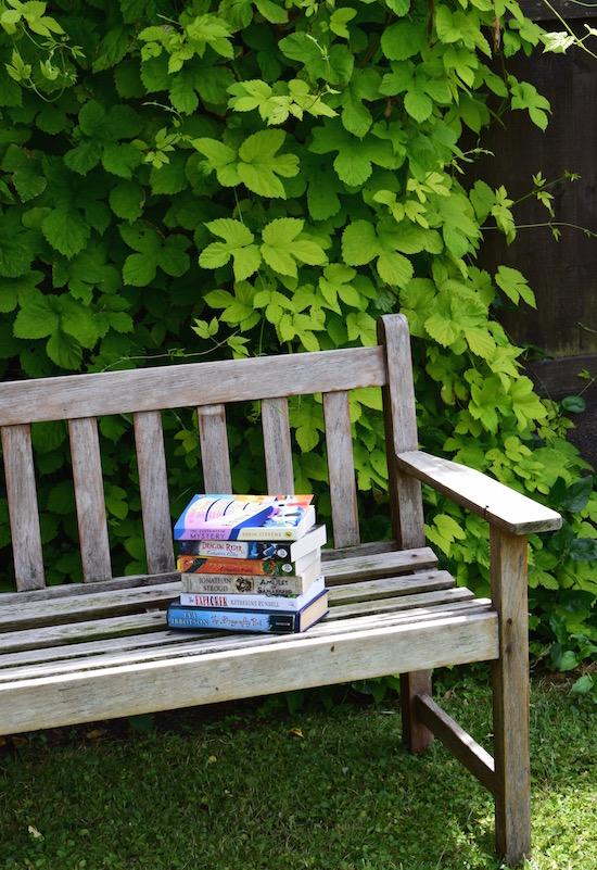 bench_books
